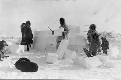 "<a href=""/earth/polar/inuit_culture.html"">The